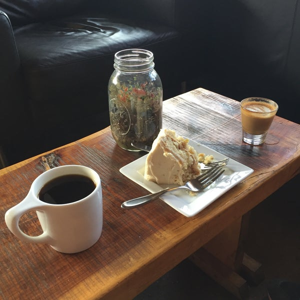 Photo taken at Avoca Coffee by Jeff M. on 9/26/2015