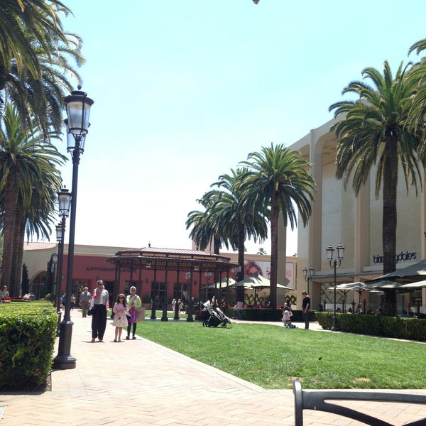 Photo taken at Fashion Island by Fahad H. on 6/14/2013