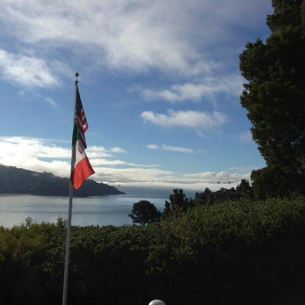 Photo taken at San Francisco Yacht Club by Zarko D. on 8/25/2013