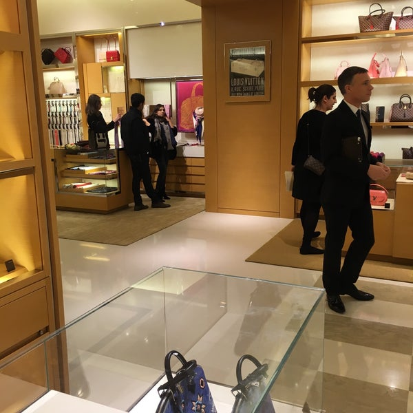 Photo taken at Louis Vuitton by Zahid C. on 1/30/2016