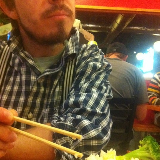 Photo taken at Mr. Roboto Tokyo Grill by Matt D. on 11/17/2012
