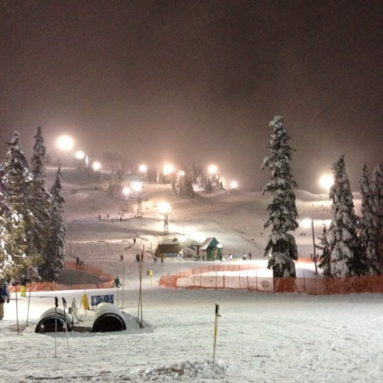 Photo taken at Cypress Mountain by Jung Eun Y. on 12/29/2012