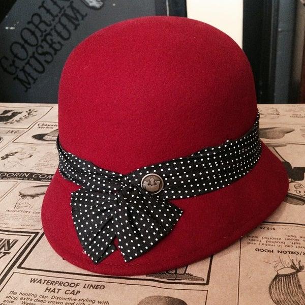Photo taken at Goorin Bros. Hat Shop by Shanti C. on 10/17/2013