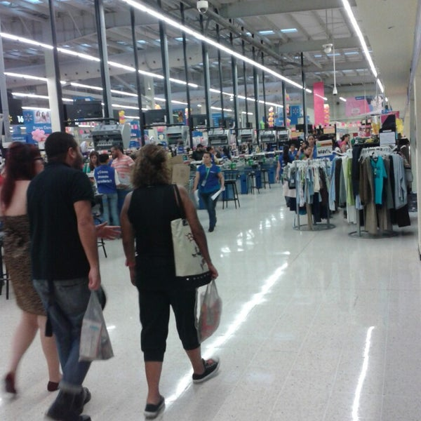 Photo taken at Walmart by Juan Carlos A. on 8/3/2013
