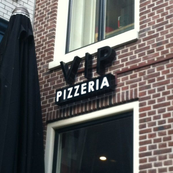 Photo taken at Very Italian Pizza by Wiebe d. on 8/2/2013