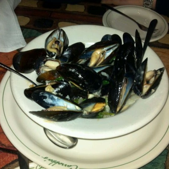 Photo taken at Carrabba's Italian Grill by Clint H. on 2/11/2012