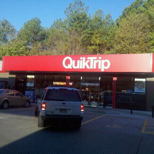 Photo taken at QuikTrip by L'Vaughn S. on 3/4/2012