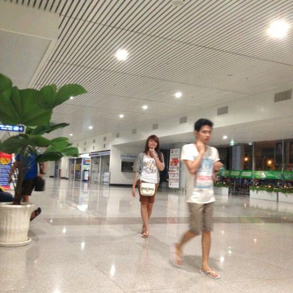 Photo taken at Tan Son Nhat International Airport (SGN) Sân Bay Quốc Tế Tân Sơn Nhất by Jose J. on 7/7/2013