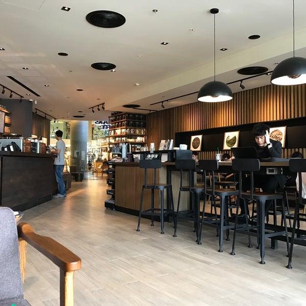Photo taken at Starbucks by Vachira J. on 10/23/2016