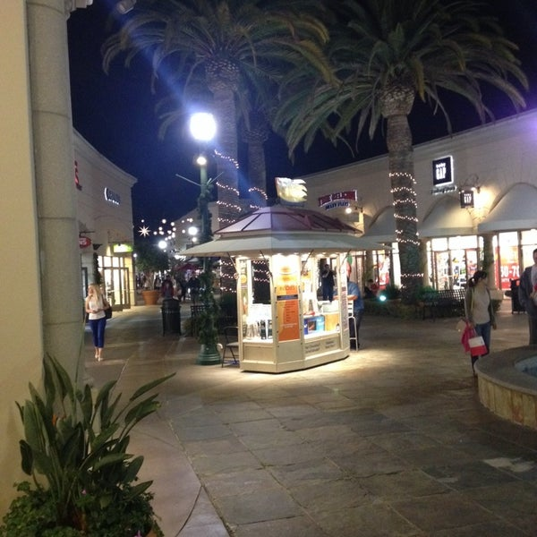 Photo taken at Carlsbad Premium Outlets by Svet D. on 12/17/2013