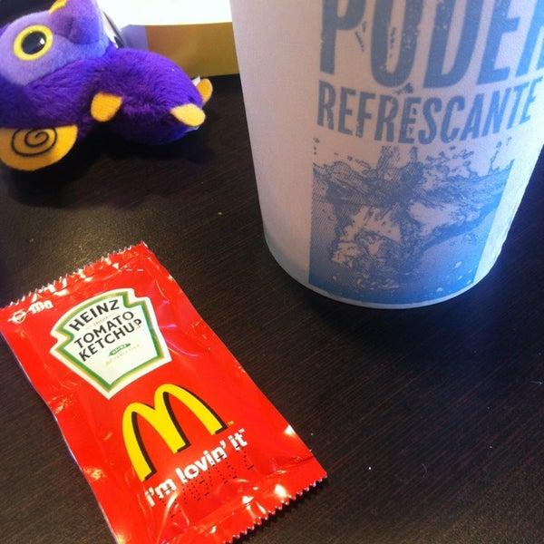 Photo taken at McDonald's by Rosa Ayari R. on 2/22/2013