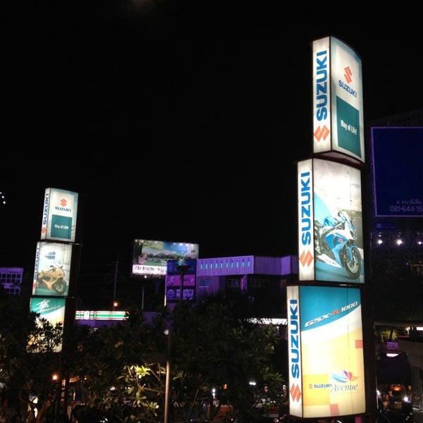 Photo taken at Suzuki Avenue Ratchayothin by 🔱🌹Nilë🎊Vïvä🌹🔱 on 7/21/2013