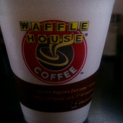 Photo taken at Waffle House by Buffalo Soldier on 9/22/2012