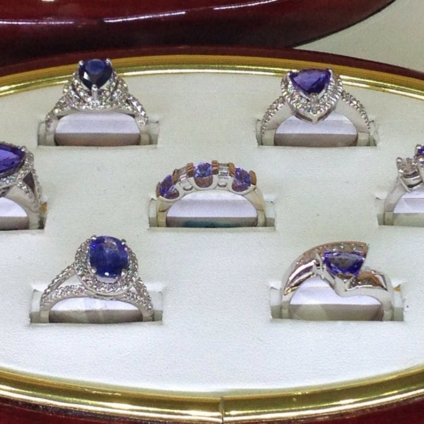 Powers jewelry designers jewelry store in juneau town for Jewelry jobs las vegas