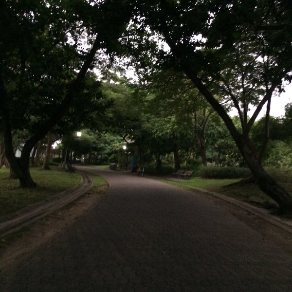 Photo taken at Queen Sirikit Park by Pete on 10/14/2016