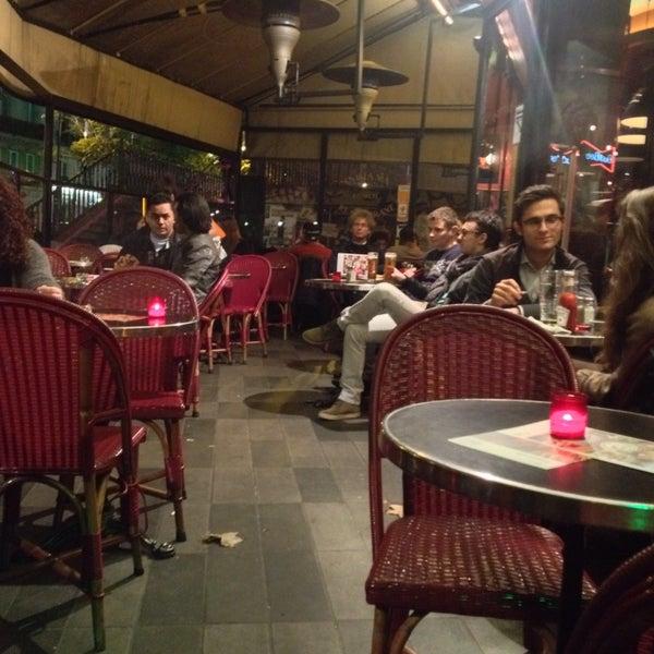 Photo taken at Indiana Café – République by Hana S. on 10/27/2015