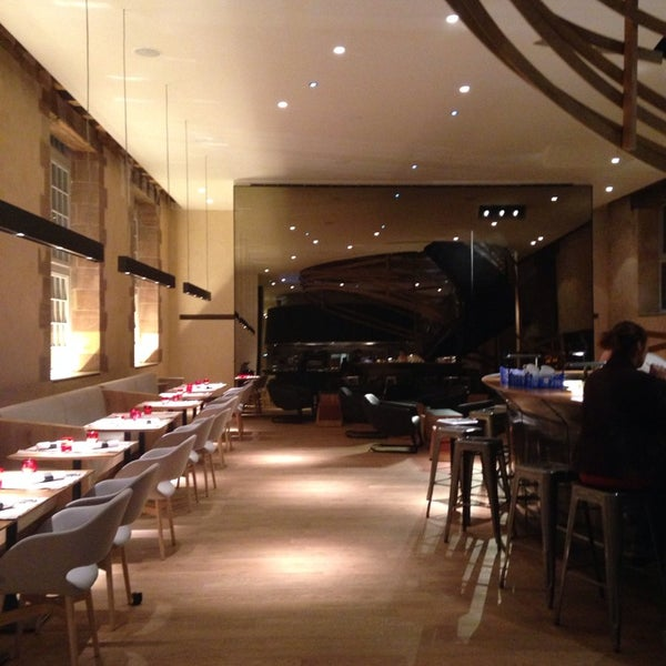 les haras brasserie french restaurant in strasbourg. Black Bedroom Furniture Sets. Home Design Ideas