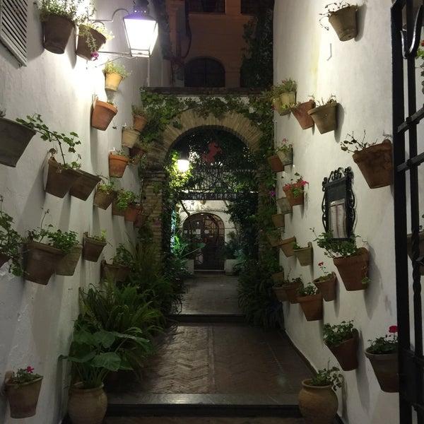 Photo taken at Restaurante El Caballo Rojo by Aleattin K. on 10/14/2015