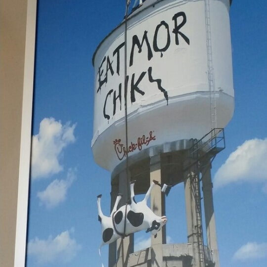 Photo taken at Chick-fil-A by Tina B. a. on 6/14/2014