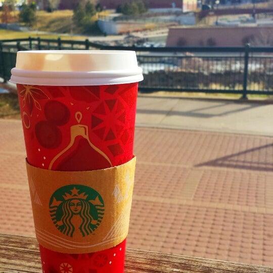 Photo taken at Starbucks by Justin P. on 12/19/2013