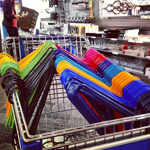 Photo taken at The Container Store by Hugo G. on 8/9/2013
