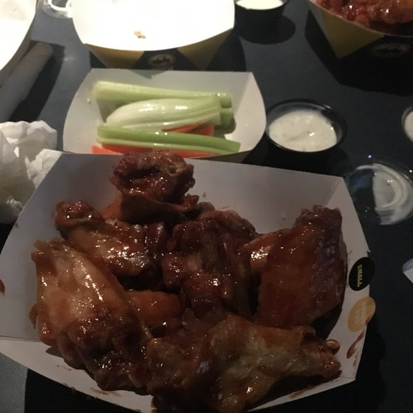 Photo taken at Buffalo Wild Wings by Sharifah A. on 10/24/2016