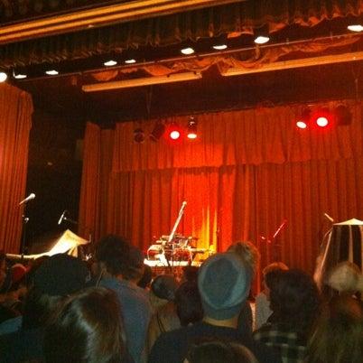 Photo taken at The Beachland Ballroom & Tavern by Daniel on 9/11/2012