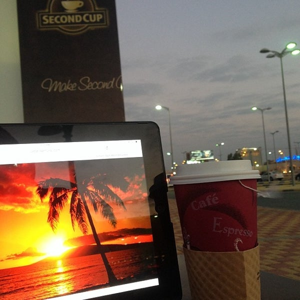 Photo taken at SECOND CUP | سكند كب by Khaled A. on 12/25/2013