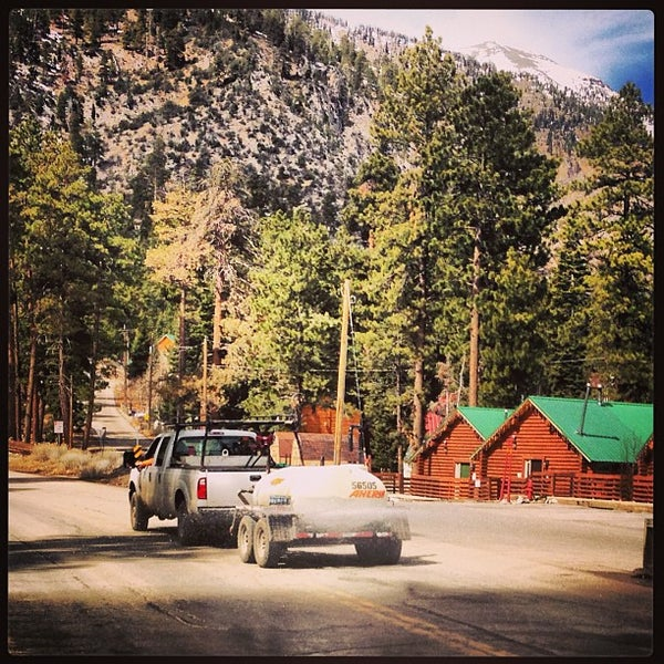 Photo taken at Mt Charleston Lodge by Eliam M M. on 3/15/2013