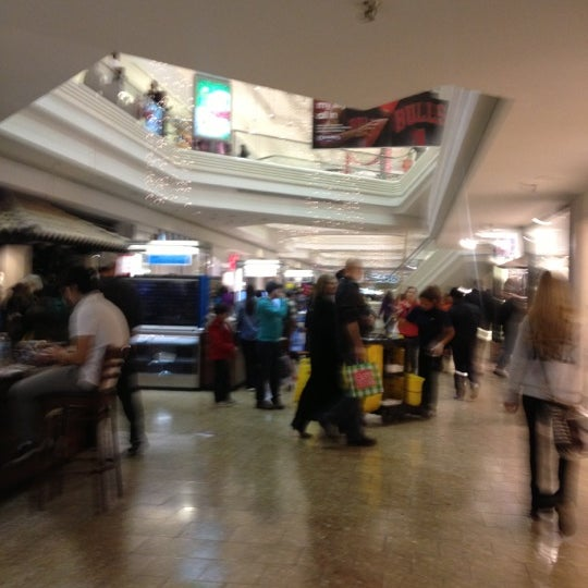 Photo taken at Woodfield Mall by Philip A. on 11/23/2012