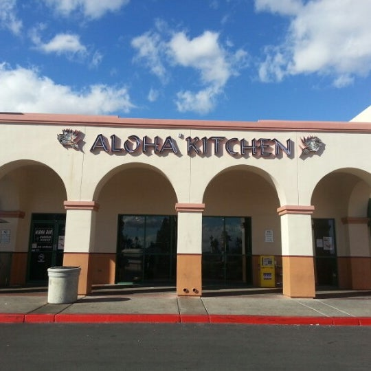 Photo taken at Aloha Kitchen by Bennett A. on 1/27/2013