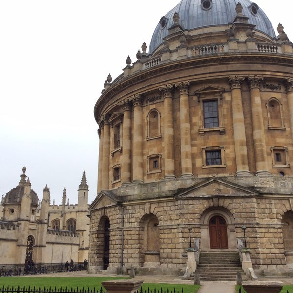 Photo taken at Radcliffe Camera by Ferahsan on 2/17/2015