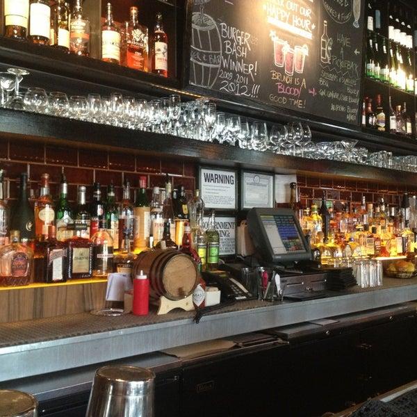 Photo taken at B & B Winepub (Burger & Barrel) by Debora O. on 8/11/2013