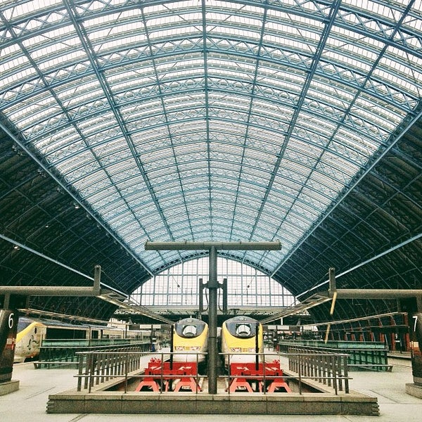 Photo taken at London St Pancras International Railway Station (STP) by Tim M. on 3/10/2013