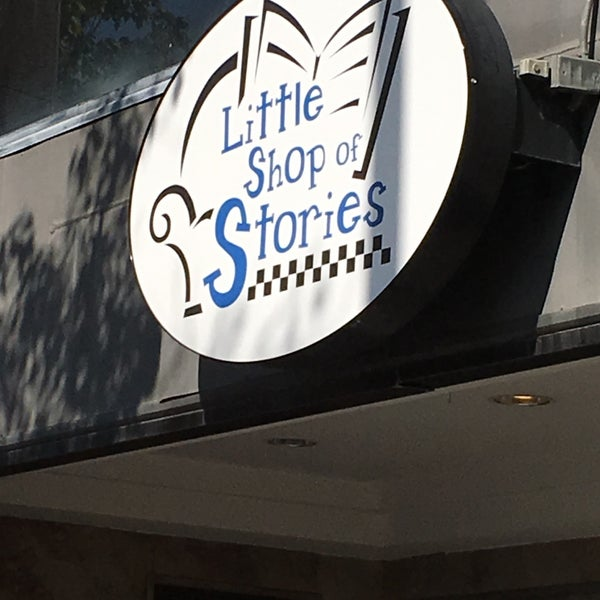 Photo taken at Little Shop of Stories by Martin D. on 9/5/2016
