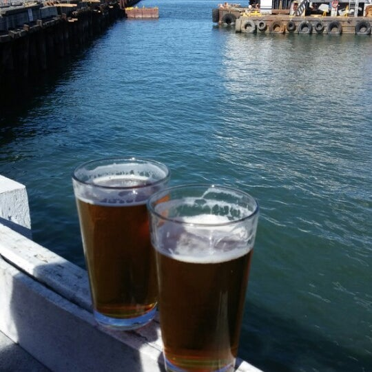 Photo taken at Pier 23 Cafe by Christopher A. on 2/22/2014