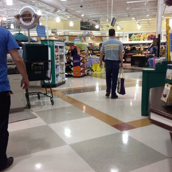 Photo taken at Harris Teeter by June E. on 4/19/2014