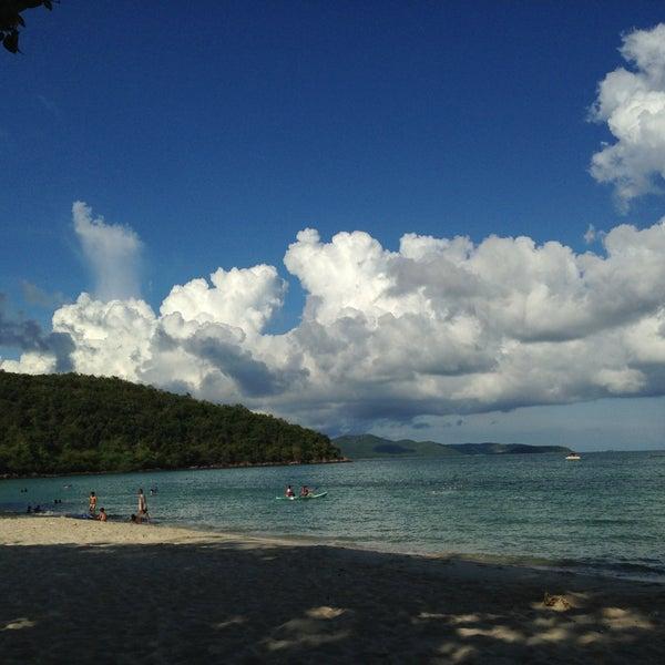 Photo taken at หาดทรายแก้ว (Sai Keaw Beach) by Prown Apple U. on 5/1/2013