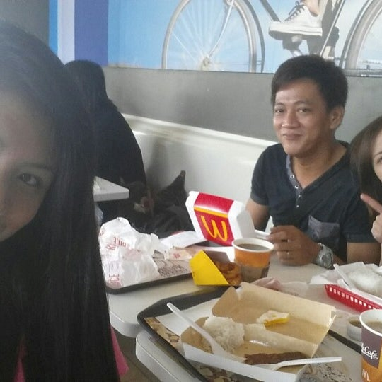Photo taken at McDonald's by Chevz C. on 9/26/2014