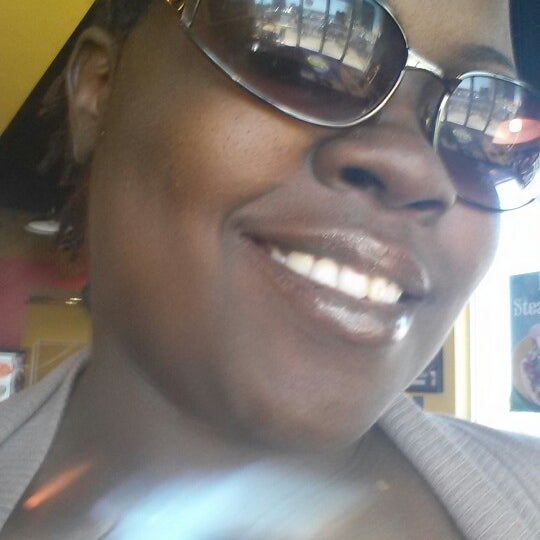 Photo taken at Tropical Smoothie Cafe by Jennifer J. on 3/18/2014