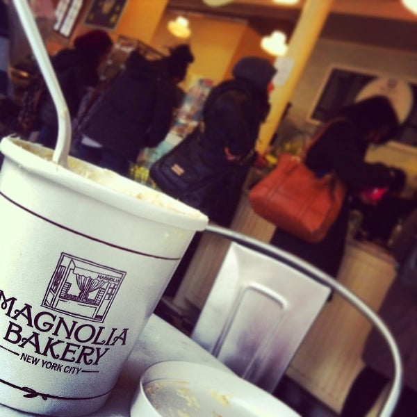 Photo taken at Magnolia Bakery by Angie S. on 3/3/2014
