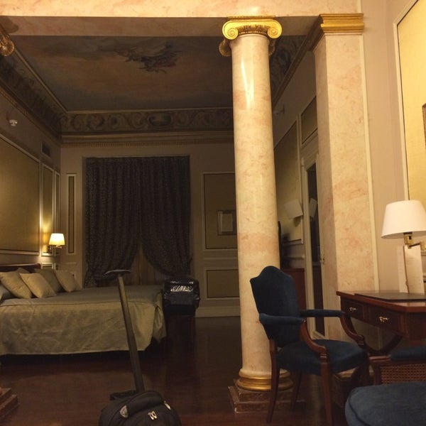 Hotel recommendations in Madrid, Spain - Catalonia Las Cortes - Excellent business hotel. Awesome rooms and service in a great location. Popular among couples.
