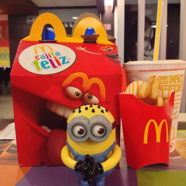 Photo taken at McDonald's by Ale P. on 7/7/2013