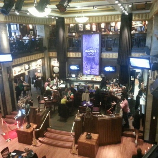 Photo taken at Hard Rock Cafe Washington DC by Martin B. on 3/16/2013