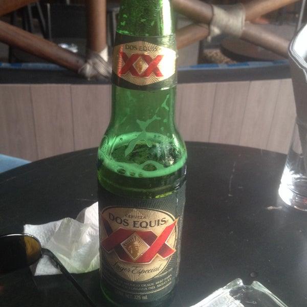 La decoración esta padre, y la cerveza mejor🍻