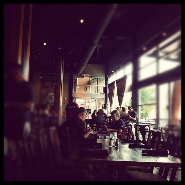 Photo taken at 5 Seasons Brewing by John T. on 8/19/2012