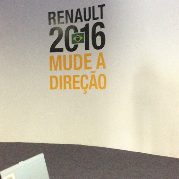 Photo taken at Renault do Brasil by Elis T. on 3/11/2014