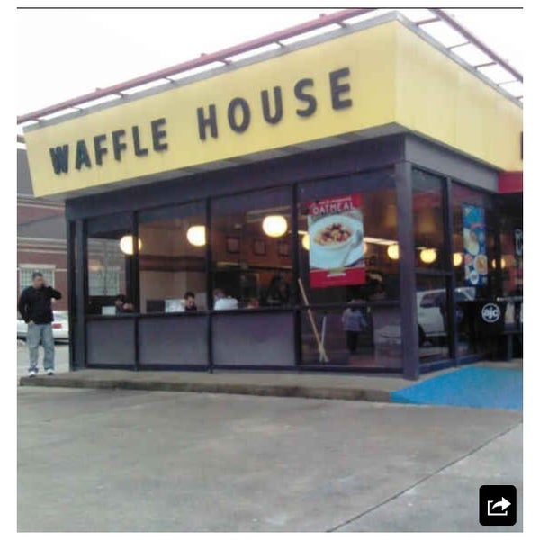 Photo taken at Waffle House by Christie S. on 3/18/2014