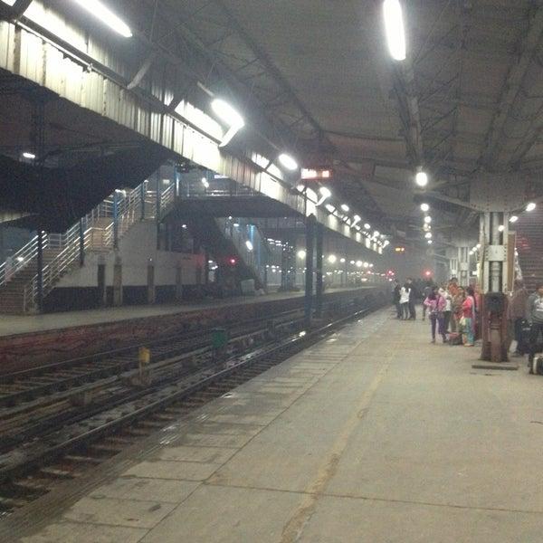 Photo taken at New Delhi Railway Station (NDLS) by Sergei A. on 2/20/2013