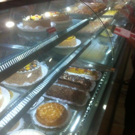 Photo taken at Confeitaria Barcelona by Daniel M. on 11/21/2012